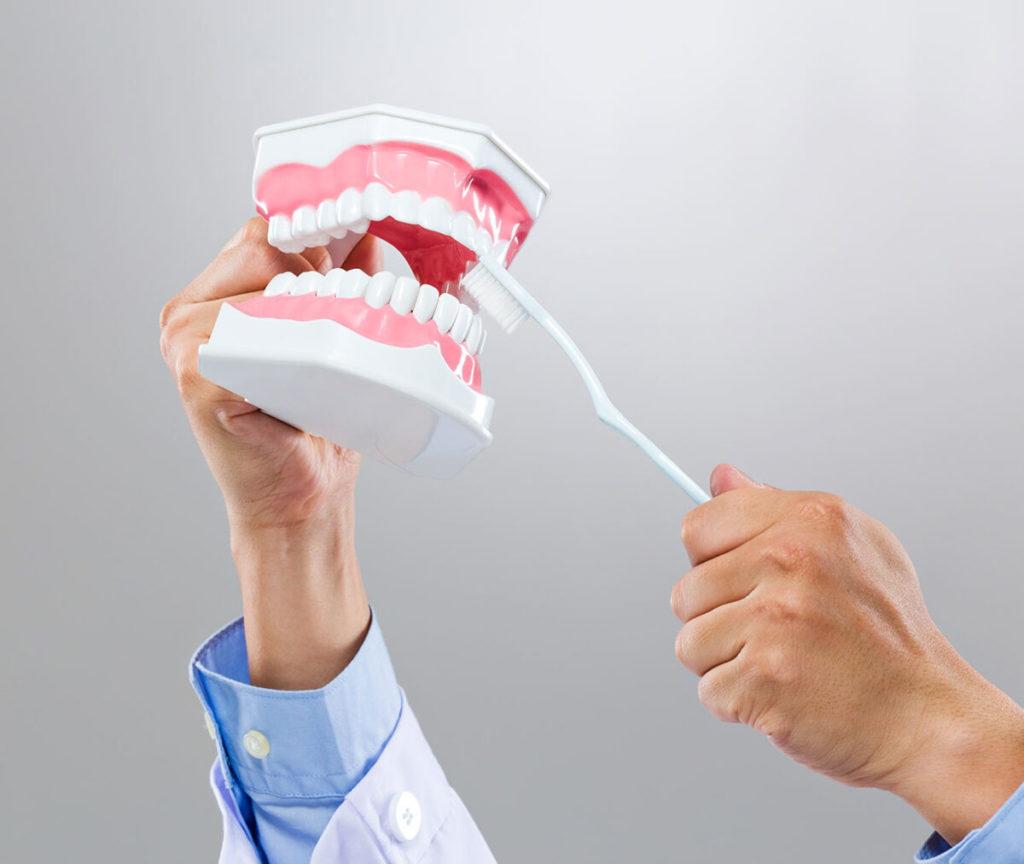 VAUGHN_FAMILY_DENTAL_SERVICE_DENTURE_AND_PARTIAL-Vaughn-Family-Dental-Best-Dentist-in-Independence-Missouri-MO