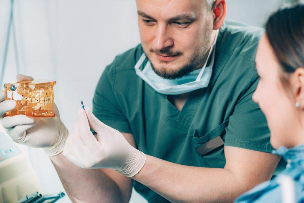 DENTAL-IMPLANT-DOCTOR-Vaughn-Family-Dental-Best-Dentist-in-Independence-Missouri-MO