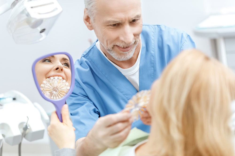 VAUGHN_FAMILY_DENTAL_SERVICE_VENEERS_AND_COSMETIC_DENTISTRY-Vaughn-Family-Dental-Best-Dentist-in-Independence-Missouri-MO